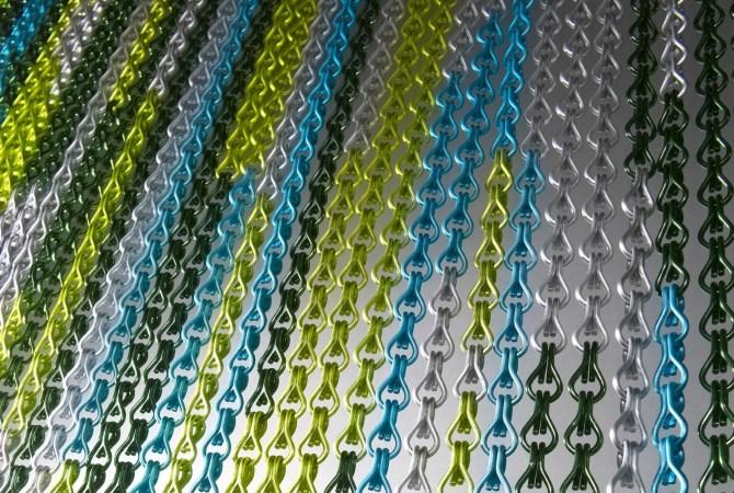 Подвесные перегородки, ширмы и занавесы из алюминиевых цепочек KriskaDecor