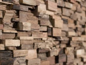 Wonderwall Studios Days - декоративные настенные панели из восстановленной древесины