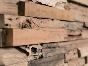 Wonderwall Studios Wheels - декоративные настенные панели из восстановленной древесины